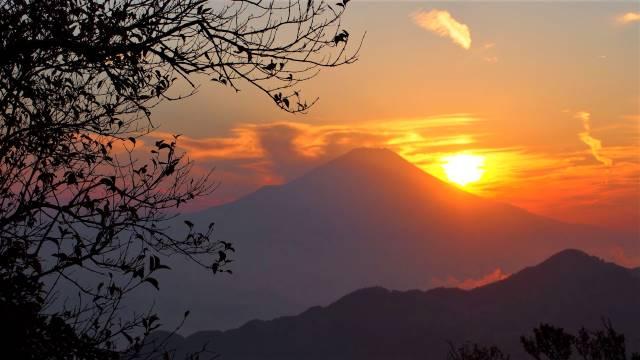 丹沢山から富士山夕景