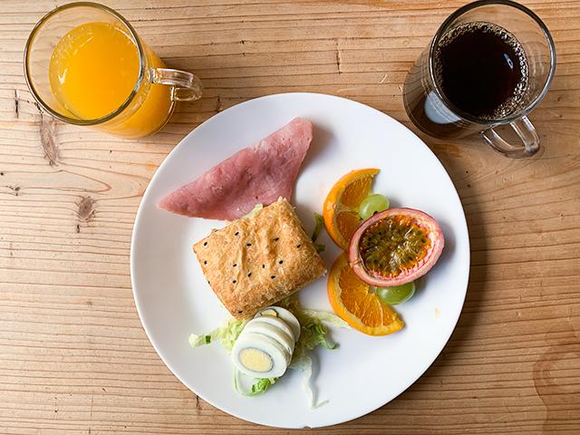 宿泊者なら誰でもいただけるワンプレート朝食