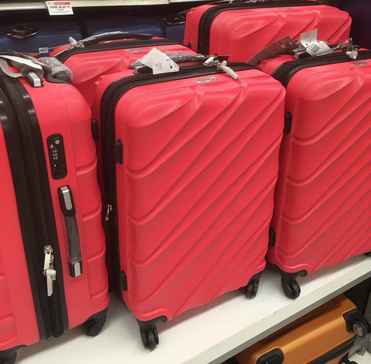 ニューヨーク スーツケース売り場2