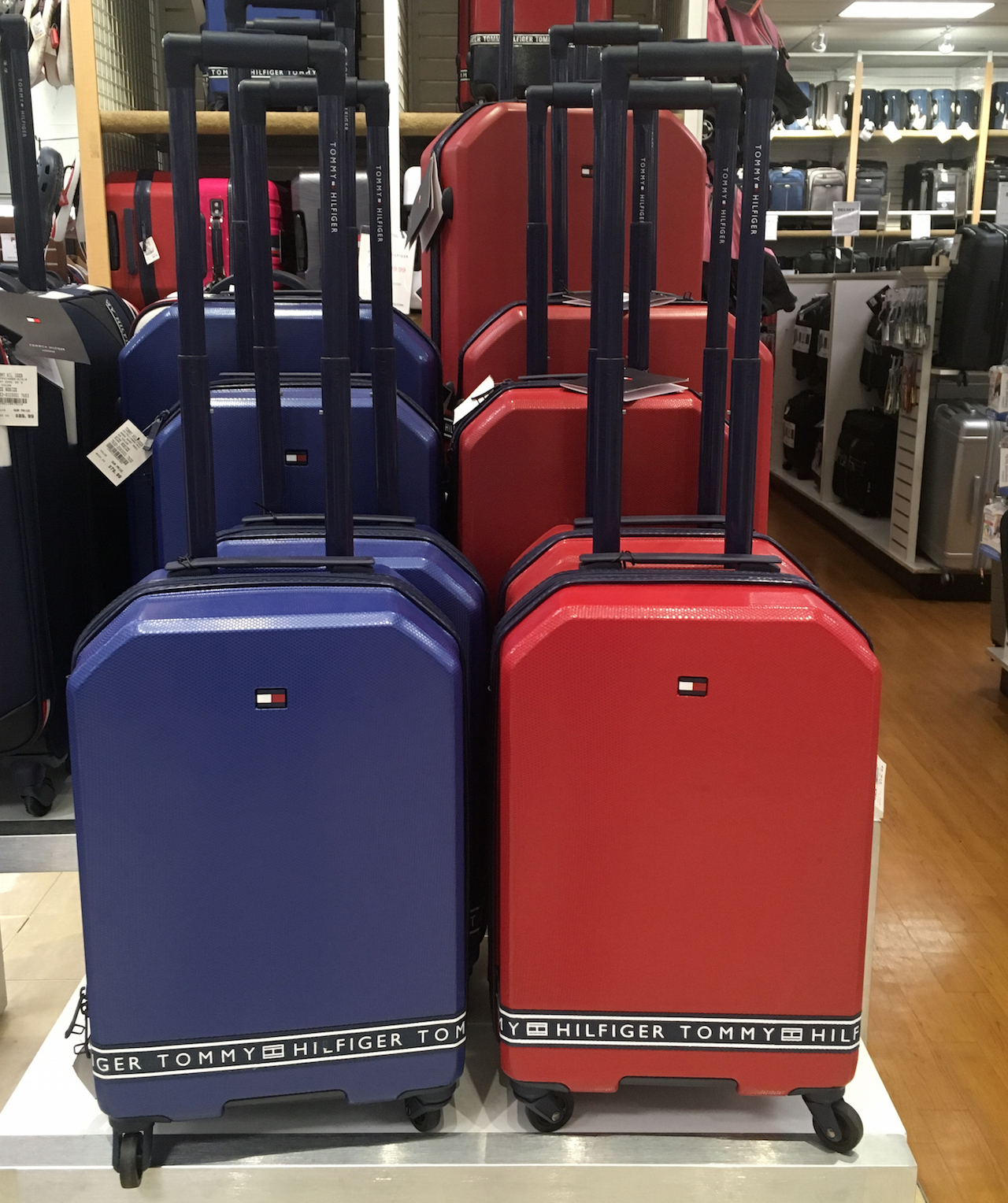 トミー・ヒルフィガー スーツケース 赤 青