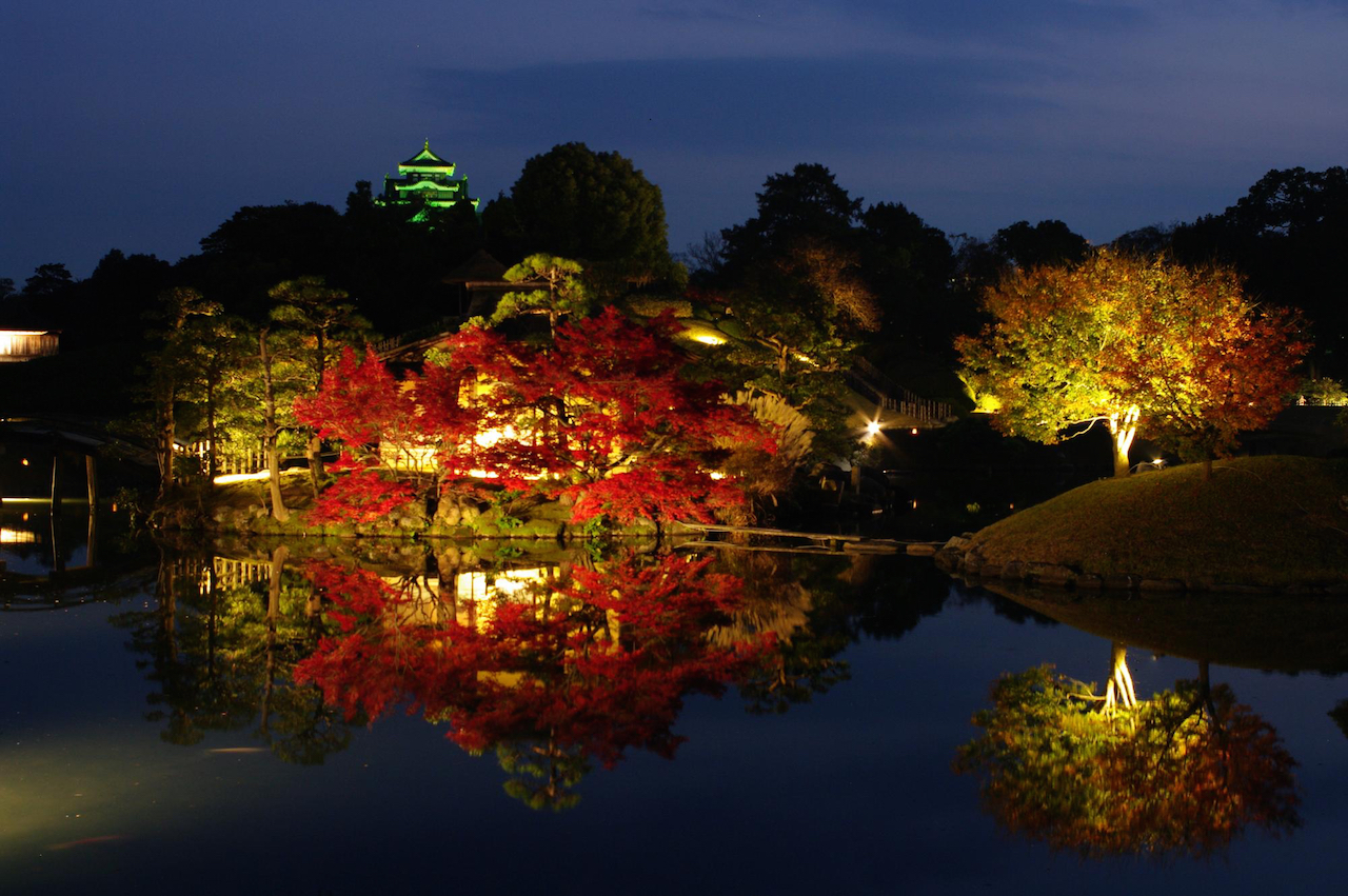 岡山後楽園 秋の幻想庭園