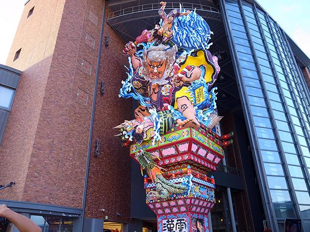 トリップアドバイザー日本の博物館ランキング2019「立佞武多の館」