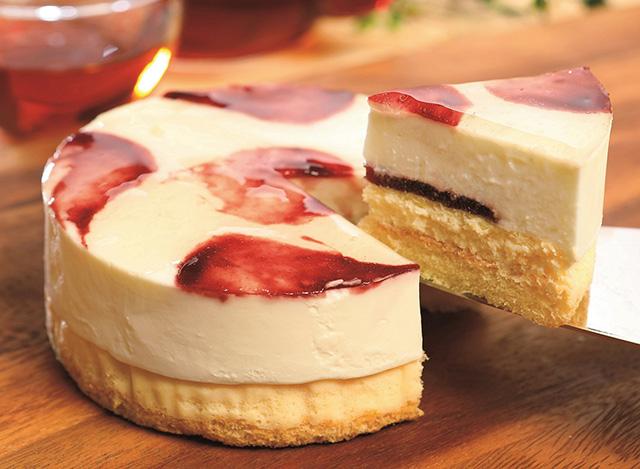 西武池袋本店「みちのく いいもん うまいもん」/ お菓子の沢菊「山ぶどうWチーズケーキ」