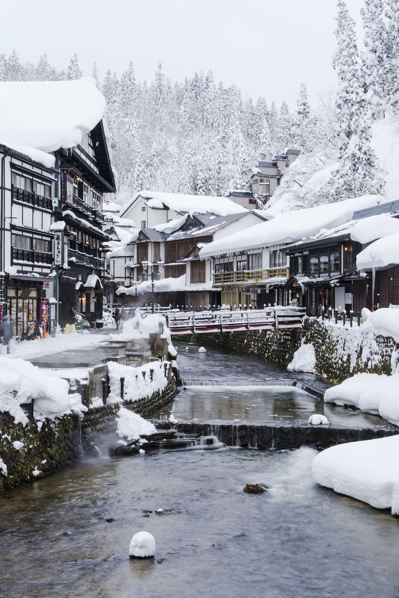 銀山温泉 雪