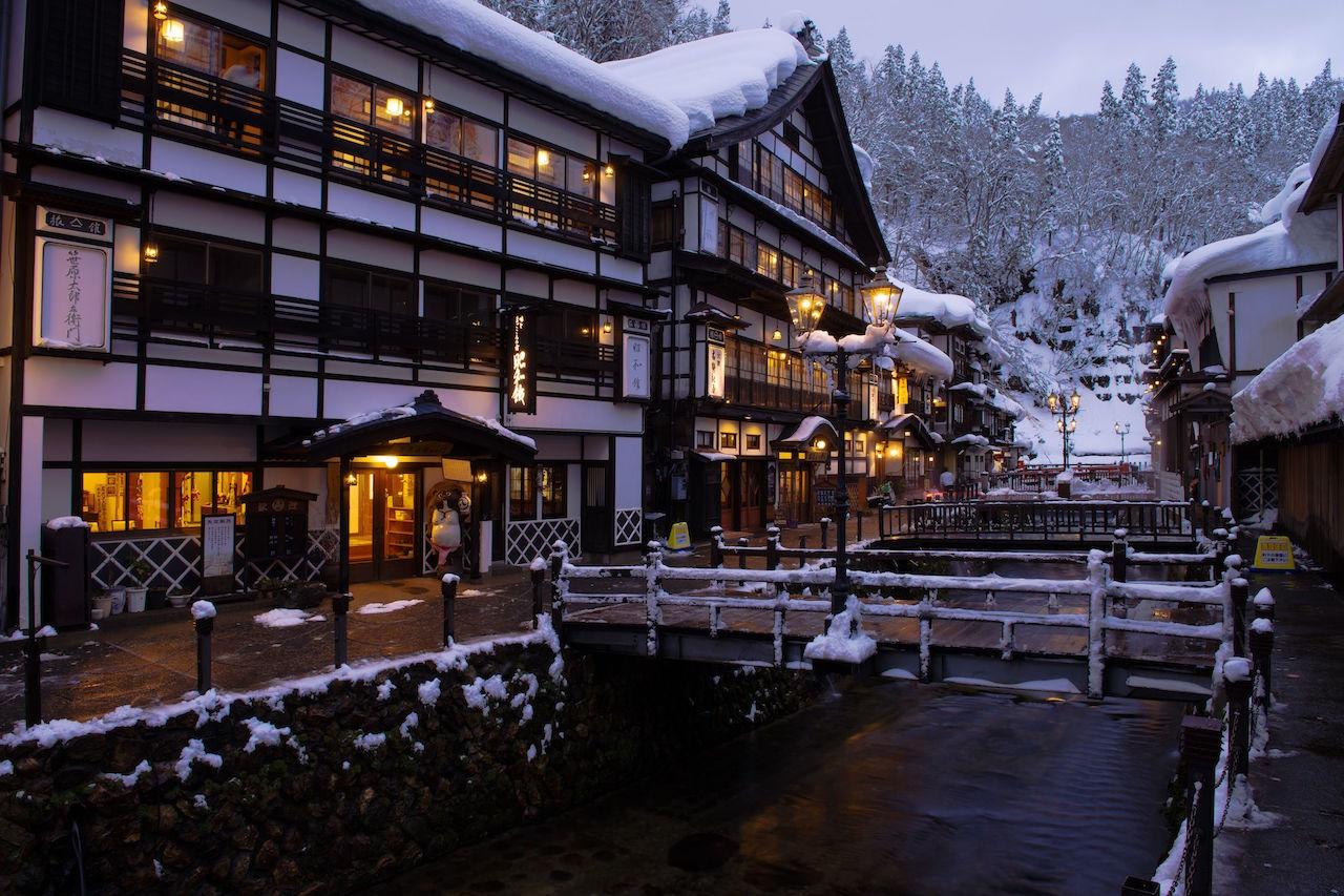 銀山温泉 雪景色
