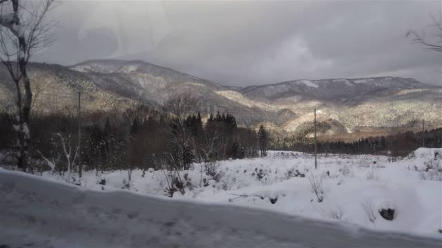 道中の雪景色