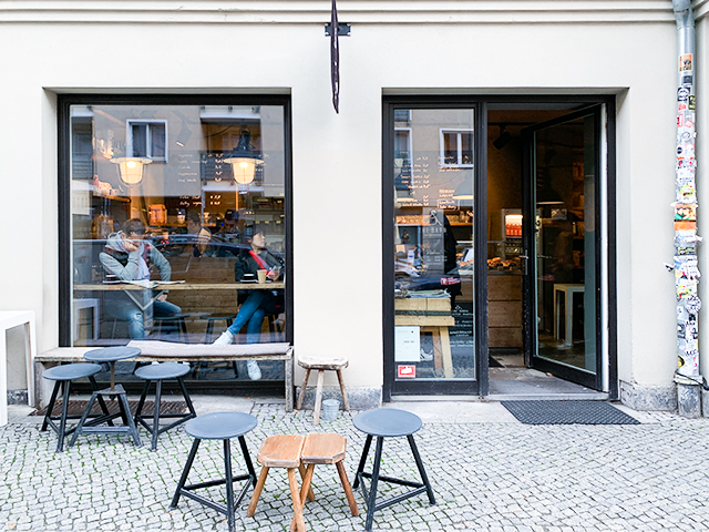 ミッテにある小さなカフェ