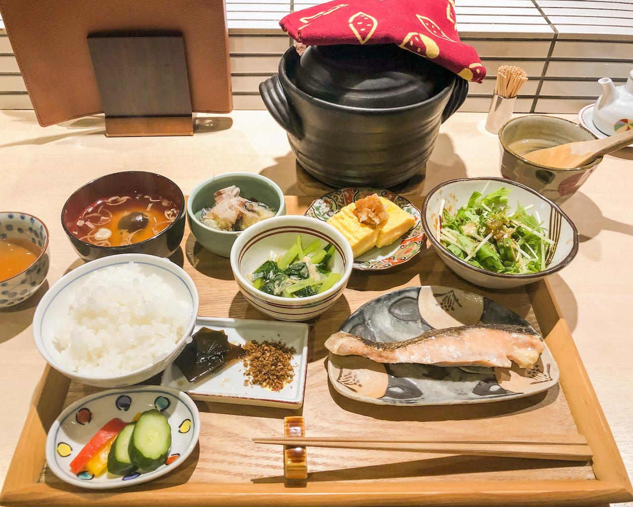 京の朝ごはん1