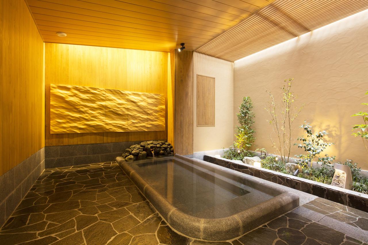 道後温泉別館 飛鳥乃湯 女性用露天風呂
