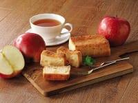 クイーンズ伊勢丹「りんごとチーズのベイクドケーキ」