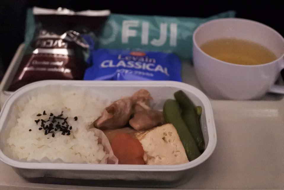 フィジーエアウェイズ 機内食