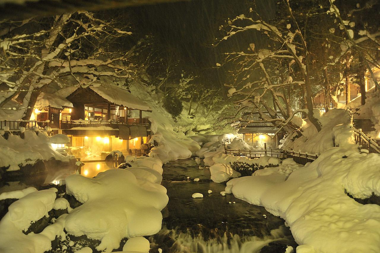 【全国の一度は訪れたい温泉地:まとめ】ゆっくり温まりたい日本の名温泉12選