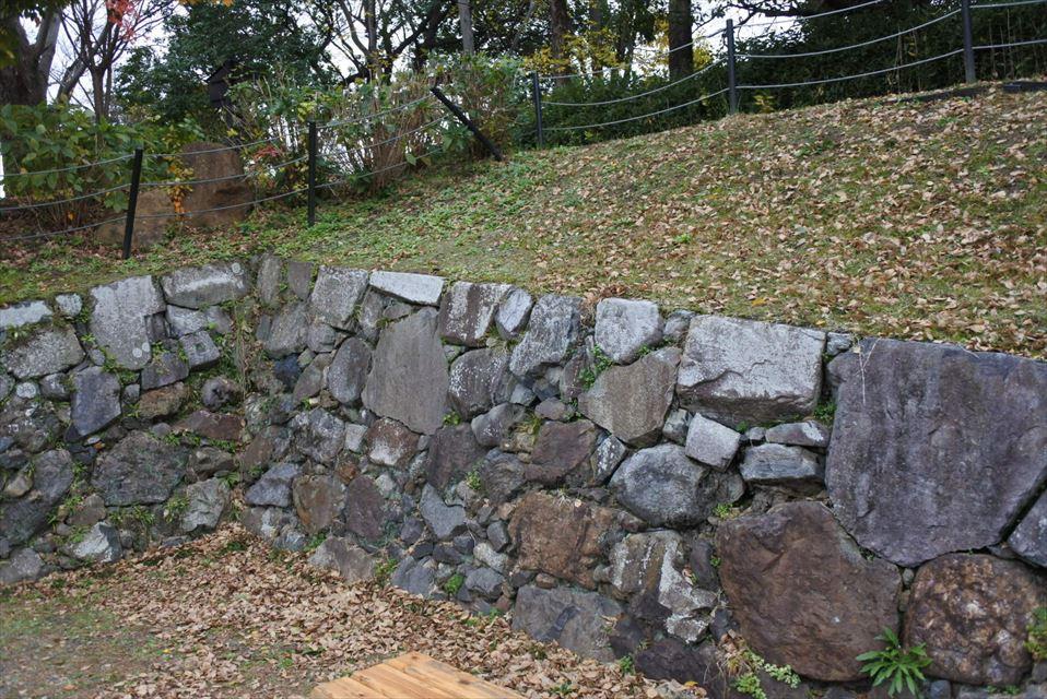 勝龍寺城の石垣