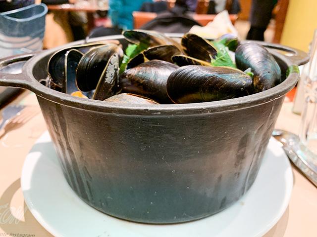 美味しいムール貝を食べに行ってみてください