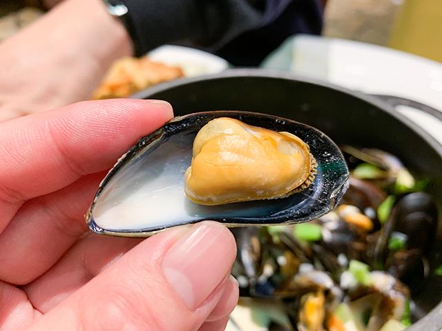 ムール貝のからですくいます