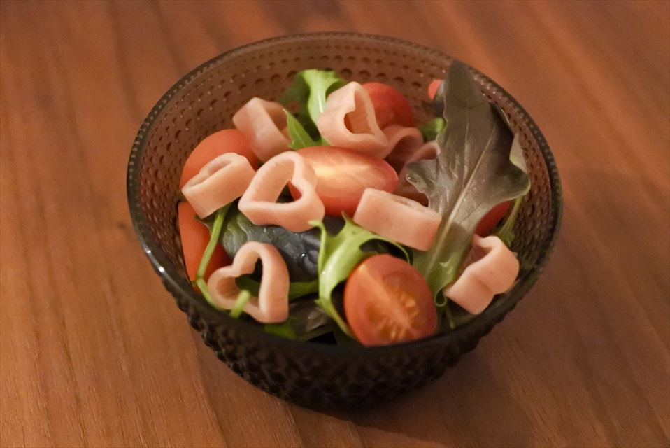 ローズパスタのサラダ