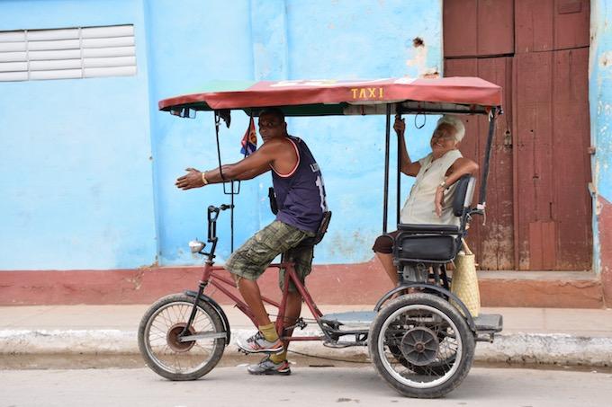 笑顔のキューバ人