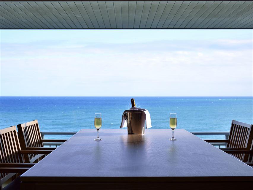 海を眺めながら、露天風呂付き客室でのんびり!「鴨川グランドホテル」のリニューアル記念プラン