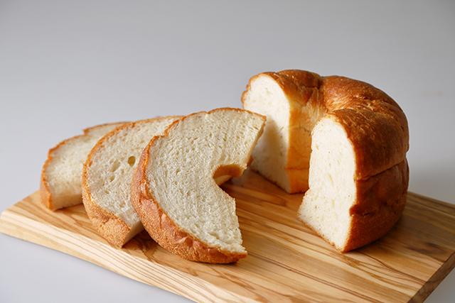 食パン専門店「大仏さまの福みみ」