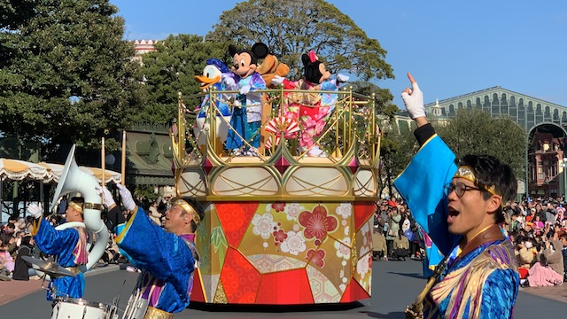 東京ディズニーランドの「ニューイヤーズ・グリーティング