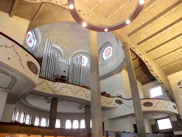パウルス教会内部3