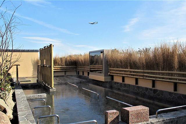 成田空港温泉空の湯「展望露天風呂」