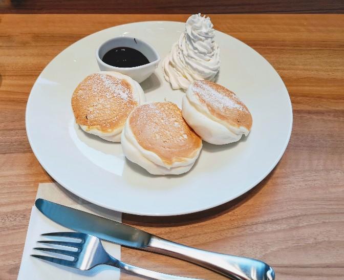 麴町珈琲新木場店 チョコ&ホイップパンケーキ豆乳変更