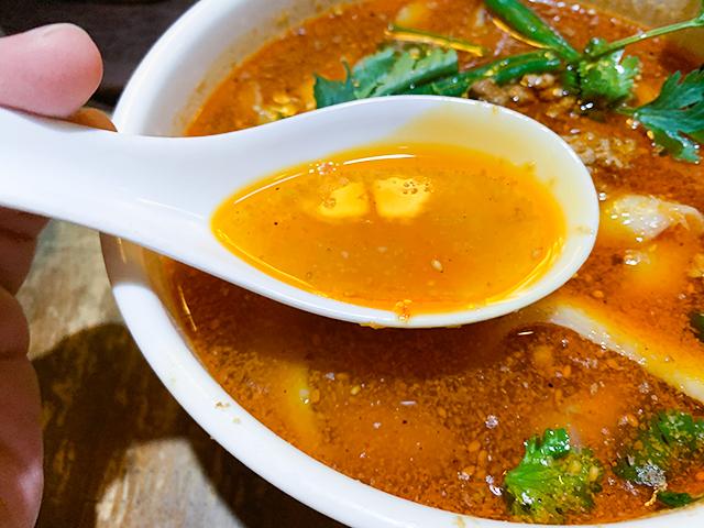 スープは意外と辛くない?
