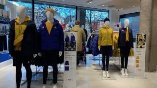 ユニクロストックホルムの店舗。東京五輪の公式ユニフォーム