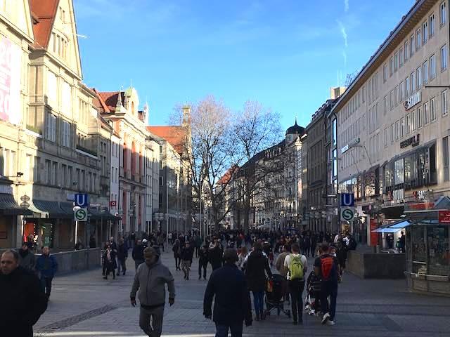 2月9日のミュンヘン歩行者天国
