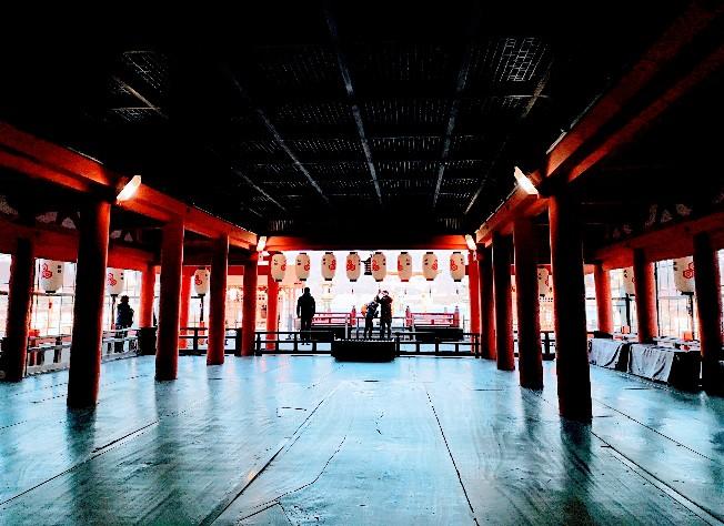 嚴島神社内