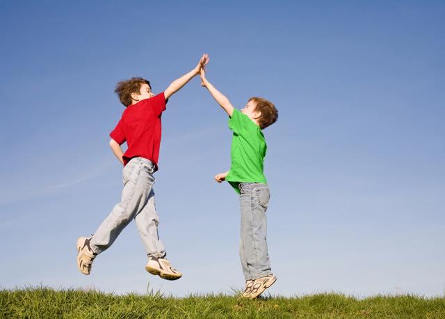 退屈な日常にさようなら!童心を取り戻し幸せな人生を歩むための15のヒント