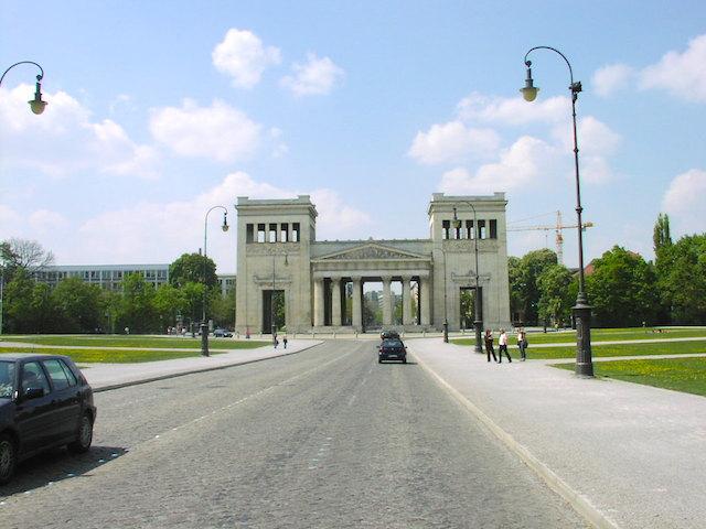 ケーニヒ広場
