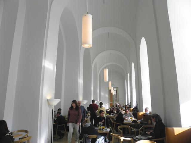 カフェクレンツェ 内部