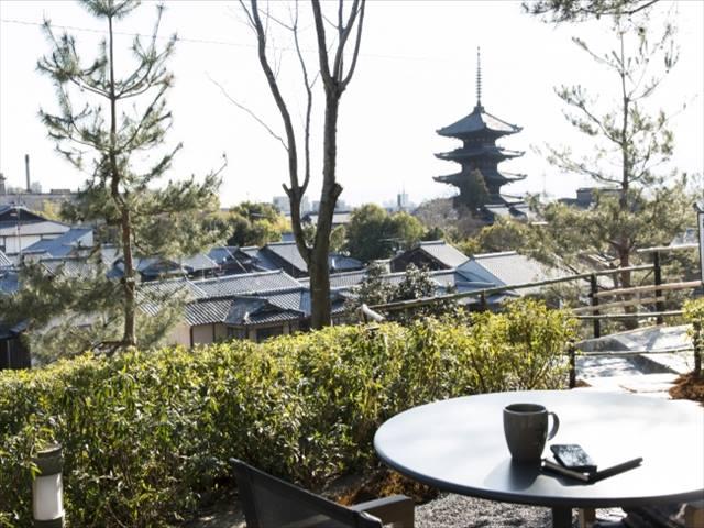 スロージェットコーヒー高台寺 店内からの景観