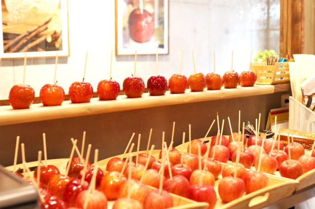 Candy apple店内