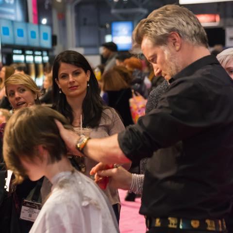 【NY発】業界関係者しか入れないプロのヘアメイク&ネイルの展示会