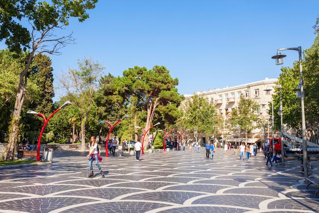 アゼルバイジャンの首都バクー噴水広場