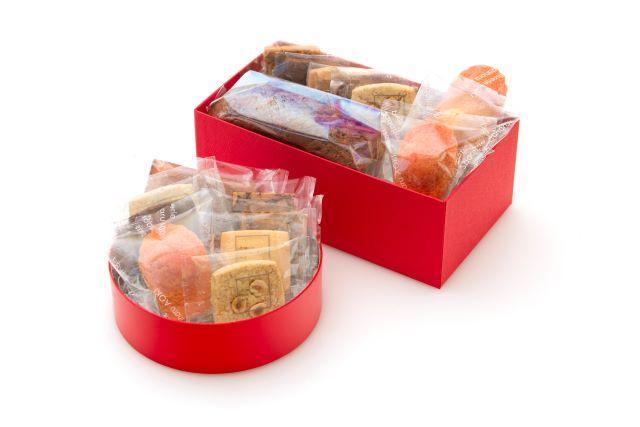 サダハルアオキ焼菓子