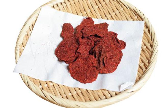 山形県特産品「最上紅花」紅餅