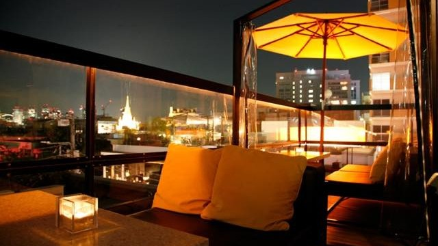 昼も夜も雰囲気バツグン!開放的な都内の屋上カフェ5選