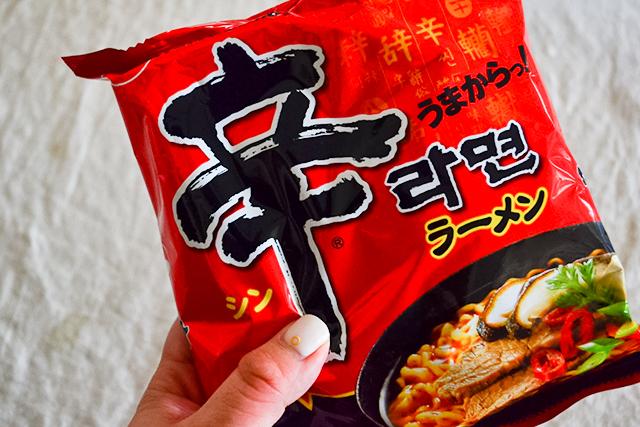 日本でも人気の「辛ラーメン」