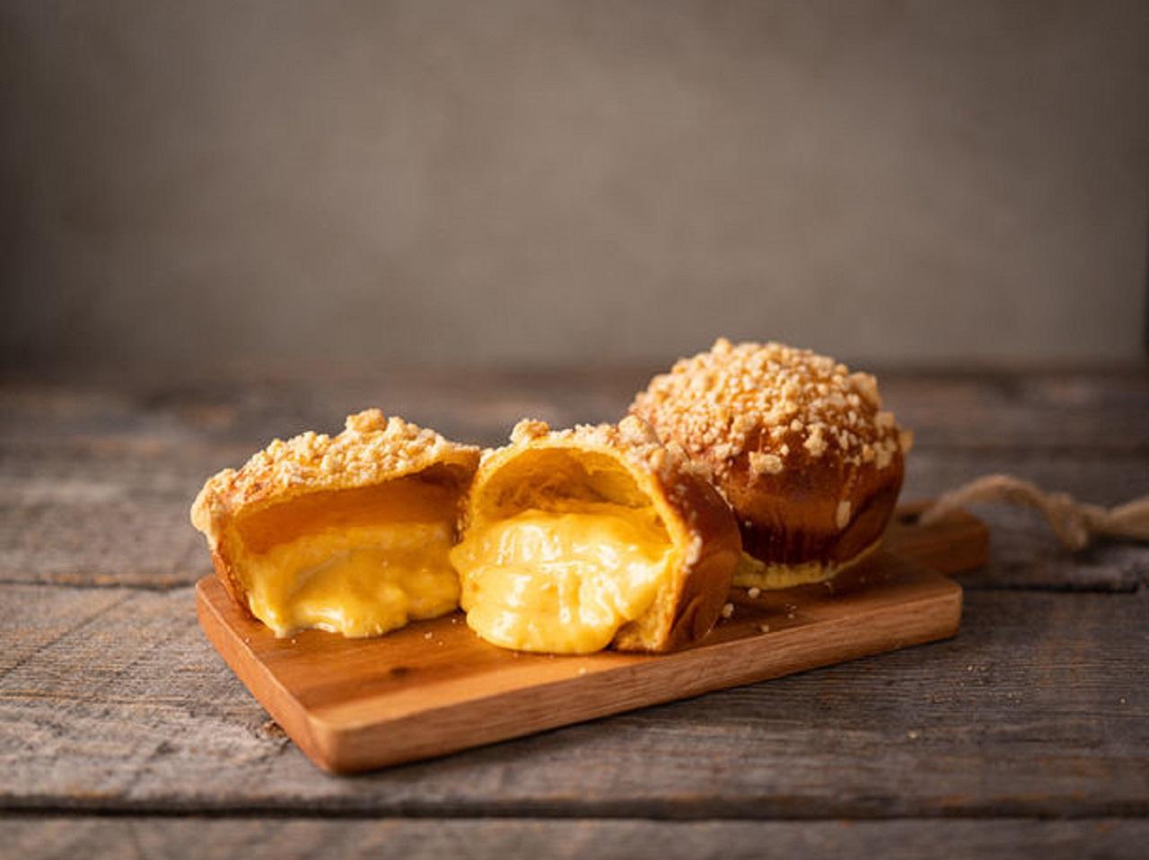 「御養卵のクリームパン」