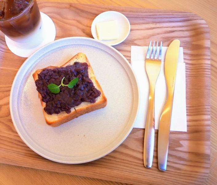 京終駅舎カフェハテノミドリ つぶあんのあんバタートーストセット