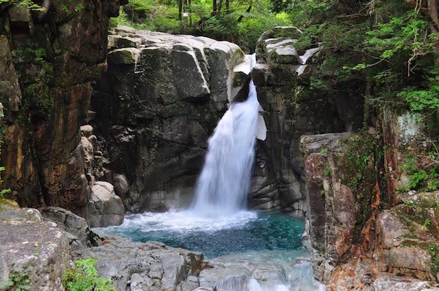 竜神の滝2