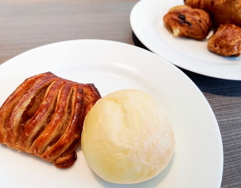 レストラン La Festa 焼き立てパン