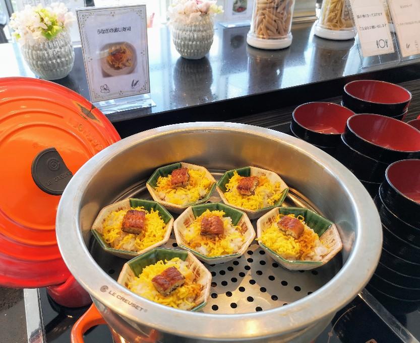 レストラン La Festa 季節メニューうなぎの蒸し寿司