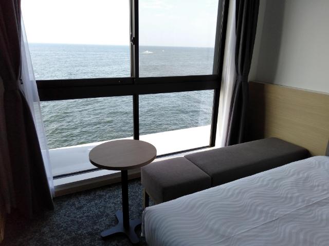 変なホテル関西空港客室5