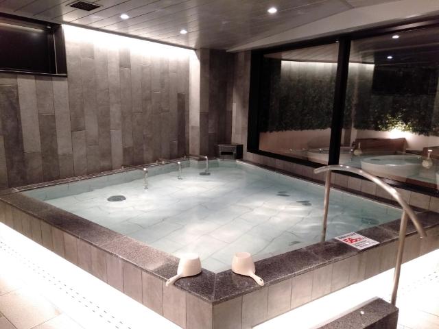 アスティルホテル十三プレシャス夜の大浴場