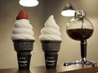 ソフトクリームとサイフォンコーヒー